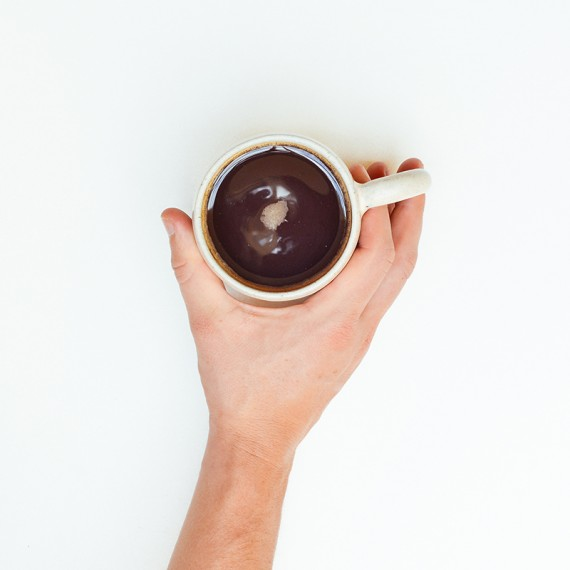 coffee-cup-hand-mug3