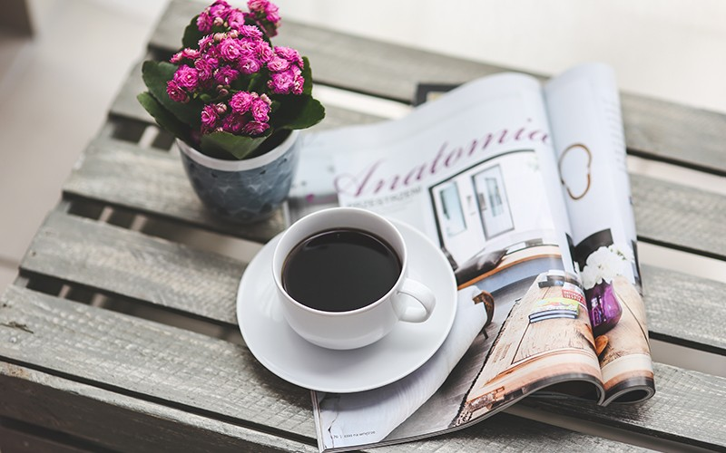 coffee-flower-reading-magazine2